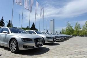 Zertifizierter Gebrauchtwagenverkaeufer: Audi geht im Handel mit neuer Ausbildung an den Start /Ingolstadt, 8. August 2013