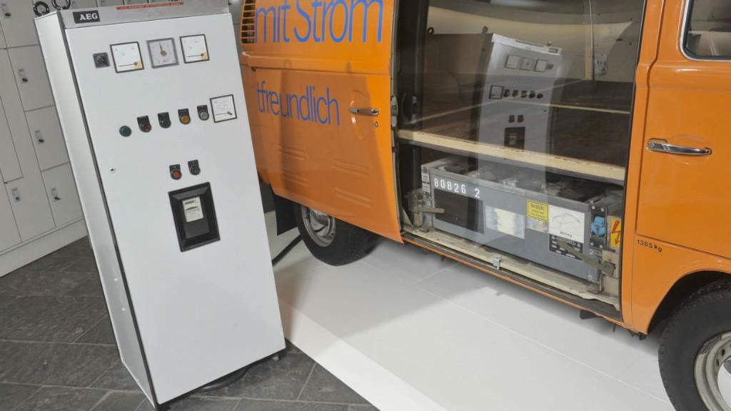 vw historischer t2 elektro bulli in hannover tuning news. Black Bedroom Furniture Sets. Home Design Ideas