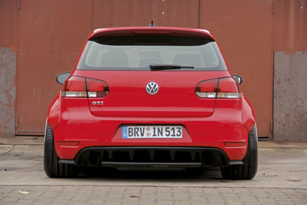 vw golf vi gti widebody kit extrem tuning news. Black Bedroom Furniture Sets. Home Design Ideas