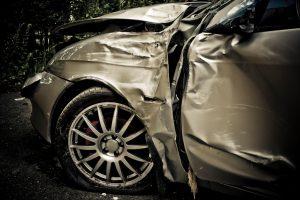http://www.istockphoto.com/file_thumbview_approve/16866545/1/istockphoto_16866545-car-crash.jpg
