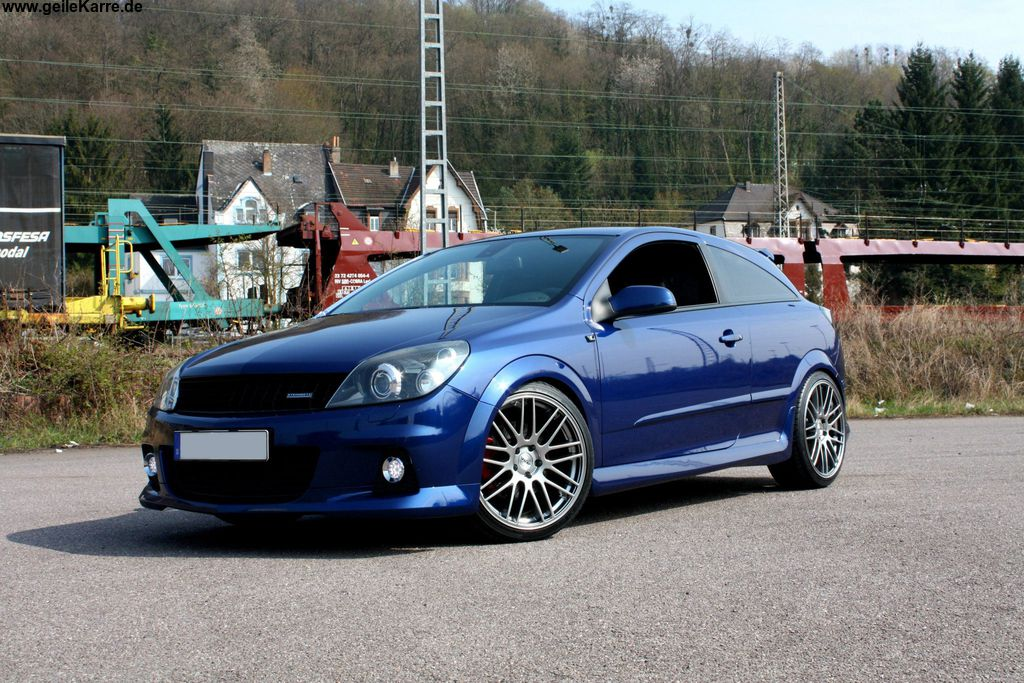 opel astra gtc 2 0 turbo von themanneken tuning community. Black Bedroom Furniture Sets. Home Design Ideas