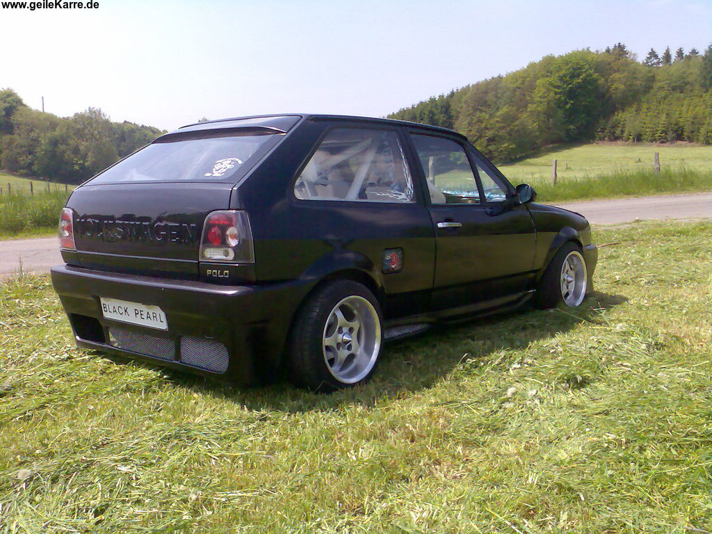vw polo 86c coupe gt black pearl von polo becher tuning. Black Bedroom Furniture Sets. Home Design Ideas