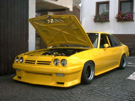 opel manta b von ausnahmezustand tuning community. Black Bedroom Furniture Sets. Home Design Ideas