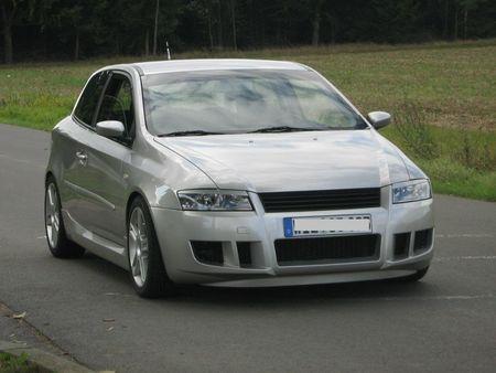 Fiat Stilo 2004. FIAT Stilo