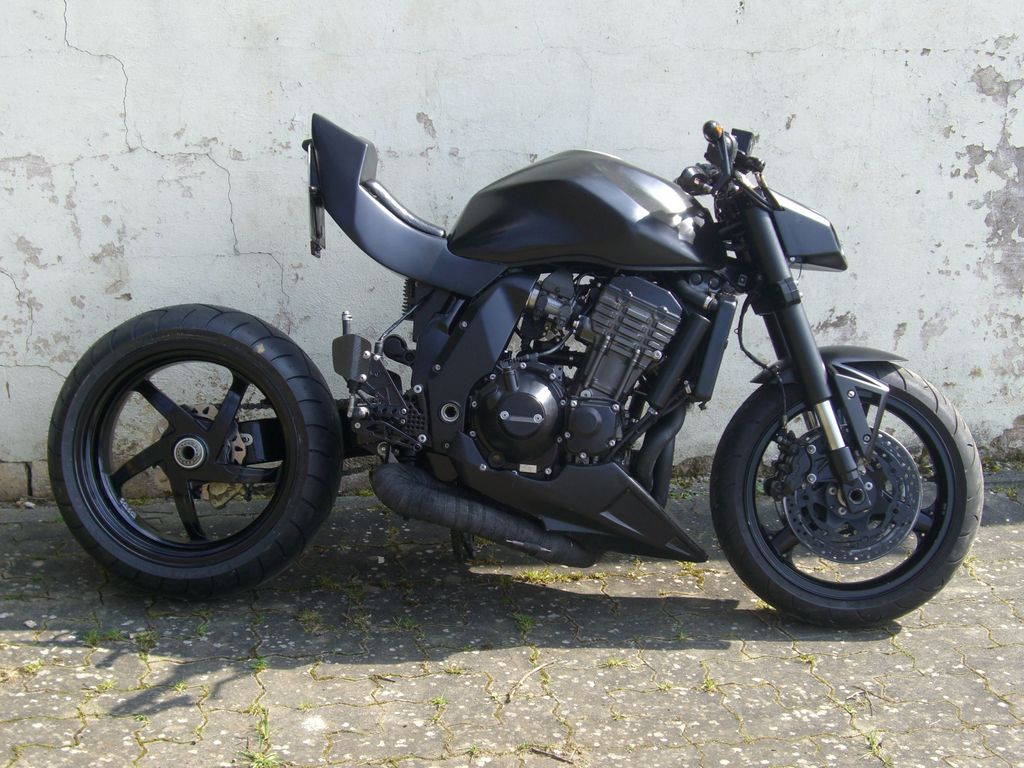 Kawasaki Z1000 Tuning Images