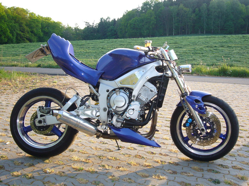 » andere » Yamaha R6 Streetfighter von Suizid-Fighter2 ...  » andere » Ya...