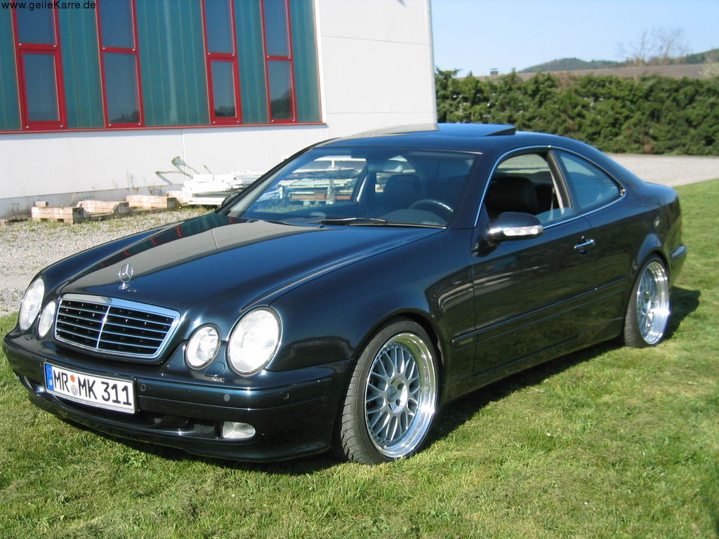 Mercedes benz clk tuning w208 for Mercedes benz tuners