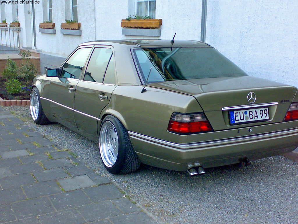 Mercedes E Klasse Old
