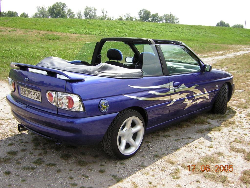 ford escort td jpg 853x1280