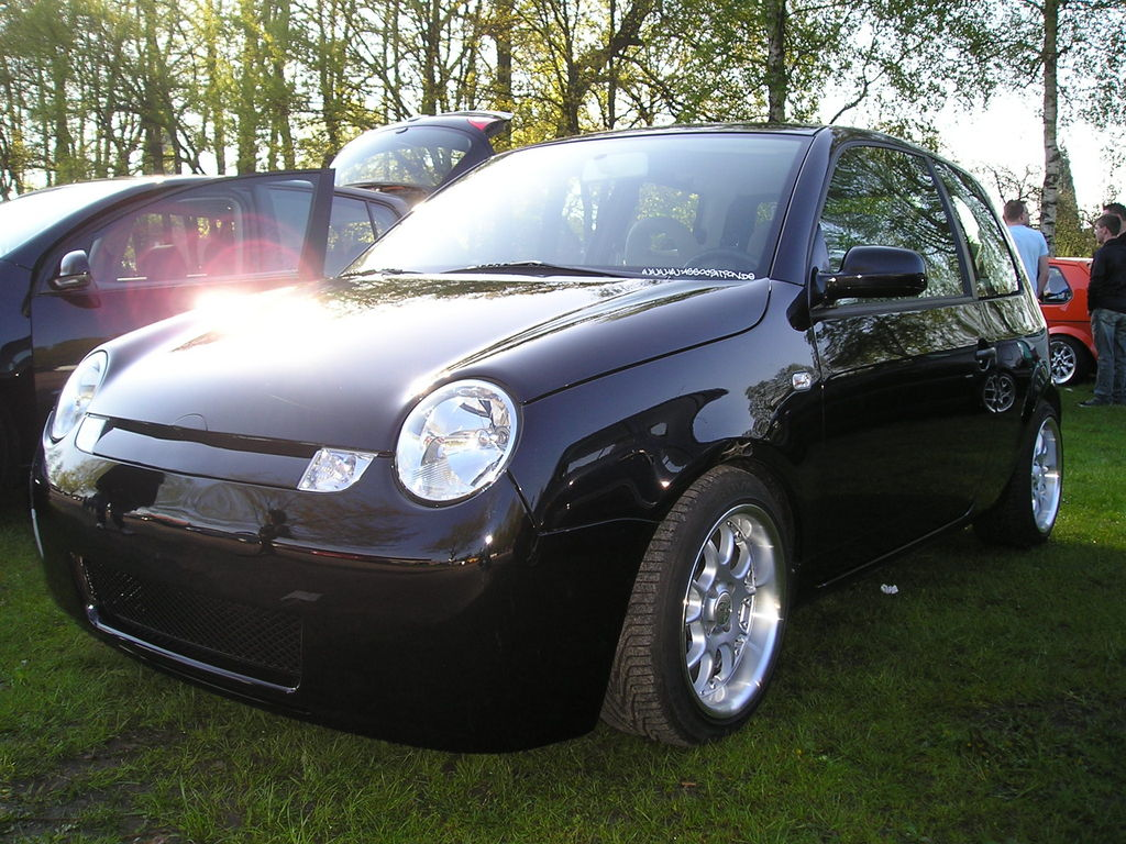 vw lupo 1 4 16v von blac tuning community. Black Bedroom Furniture Sets. Home Design Ideas